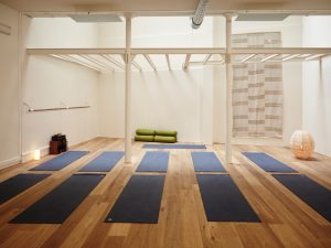 paris yoga shala, yoga, paris, sport, stretching, pilates, zen, healthy, healthylifestyle
