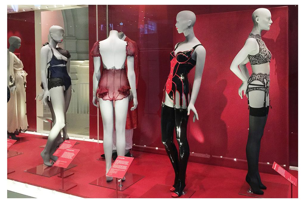 undressed, exposition, V&A museum, london, londres, exhibition, Victoria & Albert museum
