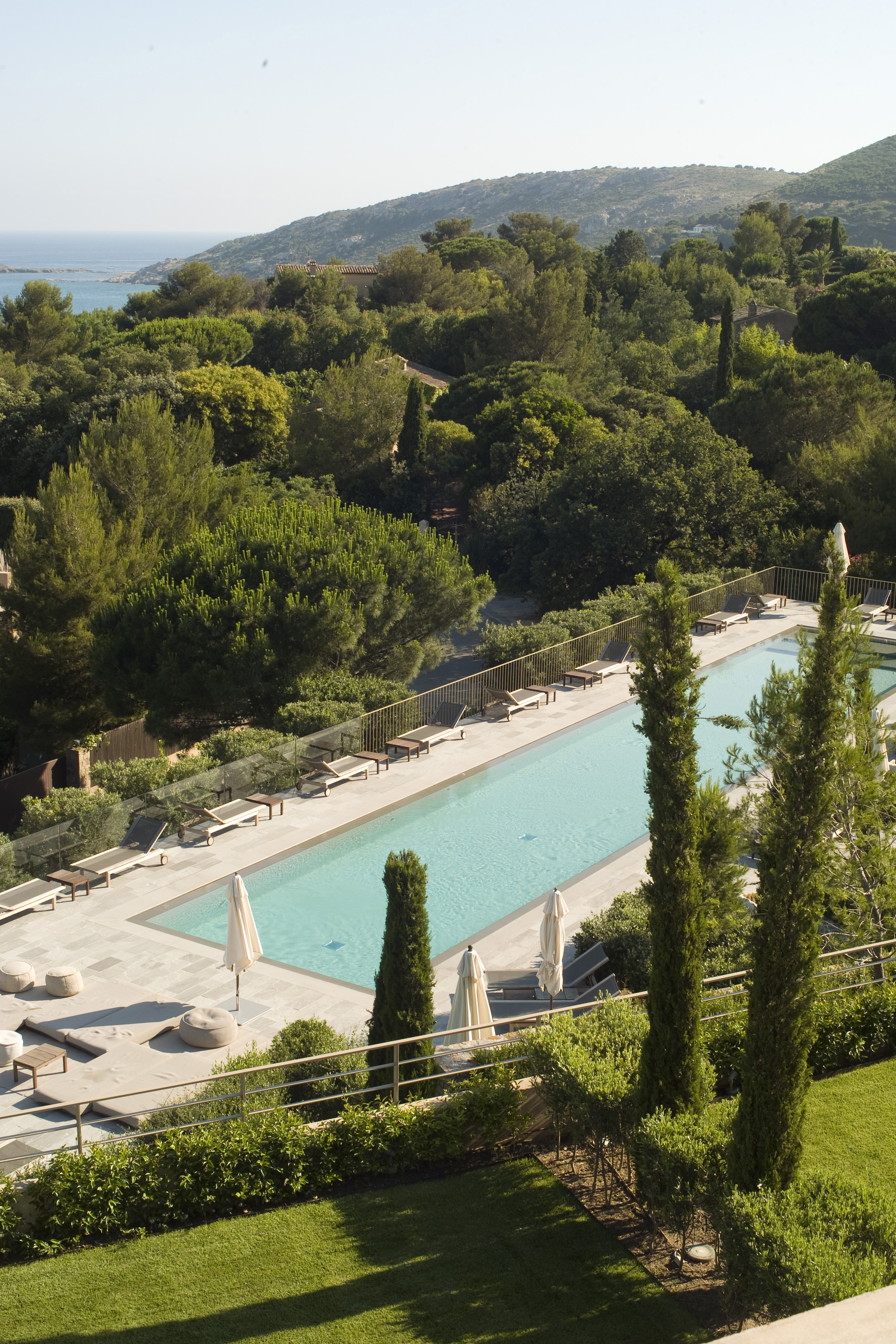 la reserve ; ramatuelle ; saint-tropez ; hotel ; palace ; luxe ; trip ; travel ; holiday ; pool ; hotel luxe ; holidays ; swimming pool ; piscine