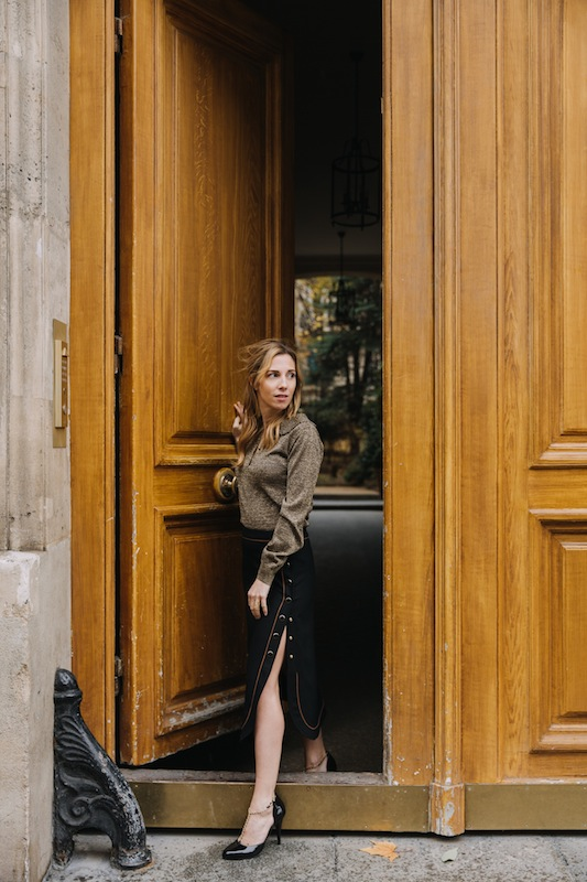 une robe un soir, Vanessa Seward, fourrure, blog, blogger, style, outfit, look, christmas look, location robe, location luxe, paris, lyloutte studio, ombelinetips, ombeline de Louvigny