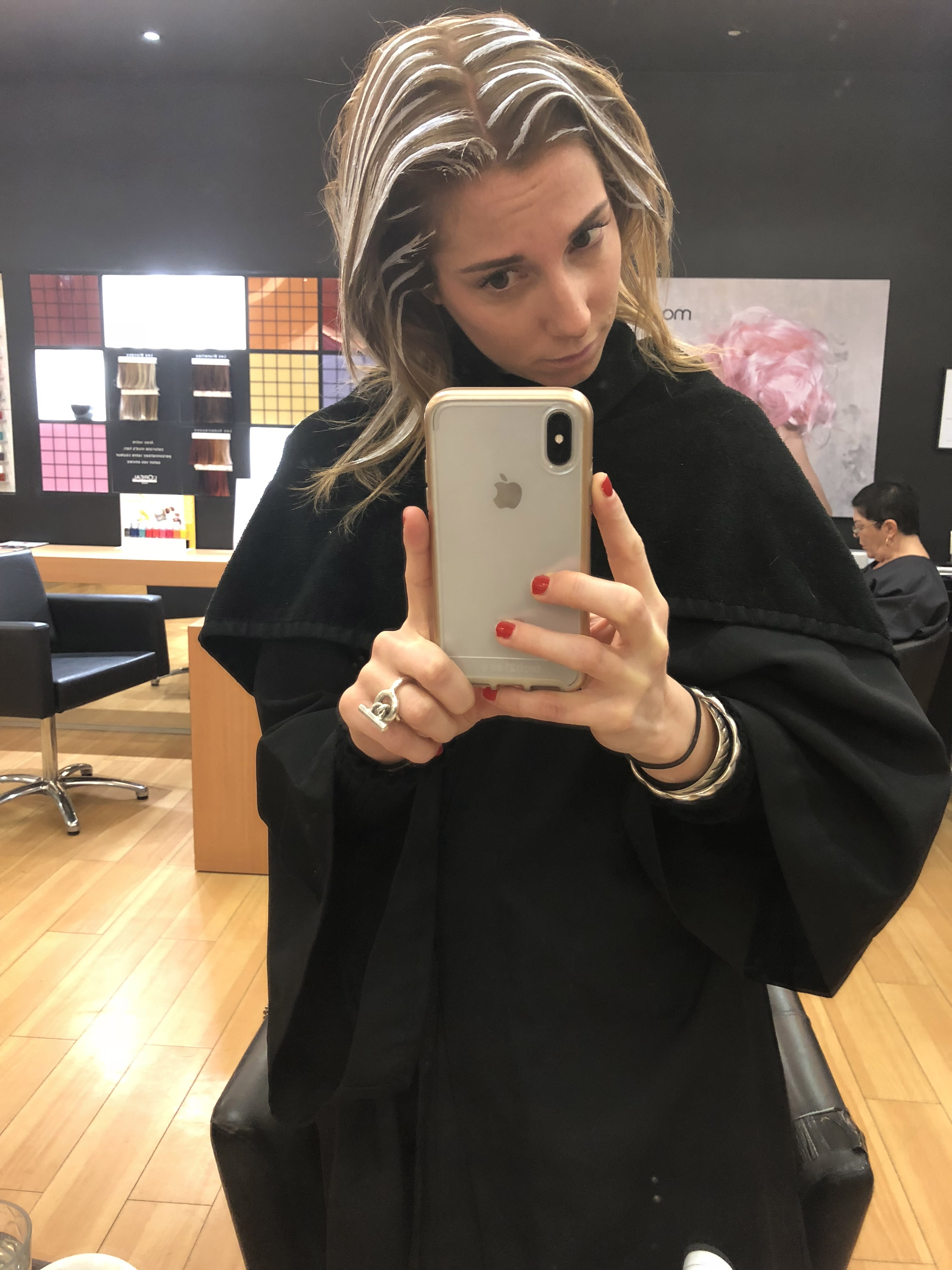 coiffure, mod's hair, couleur, balayage, blond, blonde, mèche, mèches, mèche blonde, balayage blond, décoloration